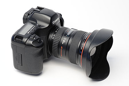 &lt;b&gt;Figure 1.&lt;/b&gt; The Canon 5D camera with the 17-40L lens mounted.
