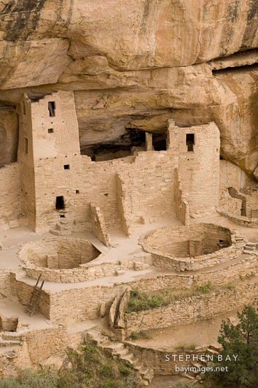 This image of Cliff Palace may appear blurry on retina screens.