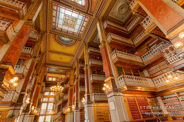 Photo: Law library. Iowa State Capitol, Des Moines.