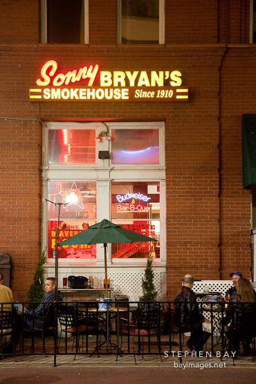Sonny Bryan's Smokehouse restaurant. Dallas, Texas.