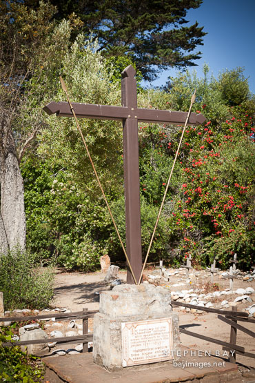 Cross in memory of christian indians and spaniards. Carmel Mission, California.