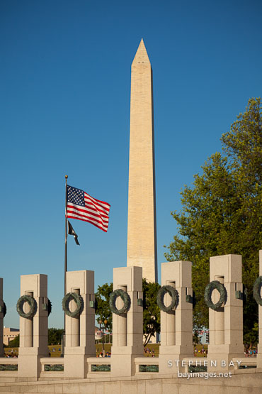 Granite pillars at the WWII Memorial and Washington Monument.