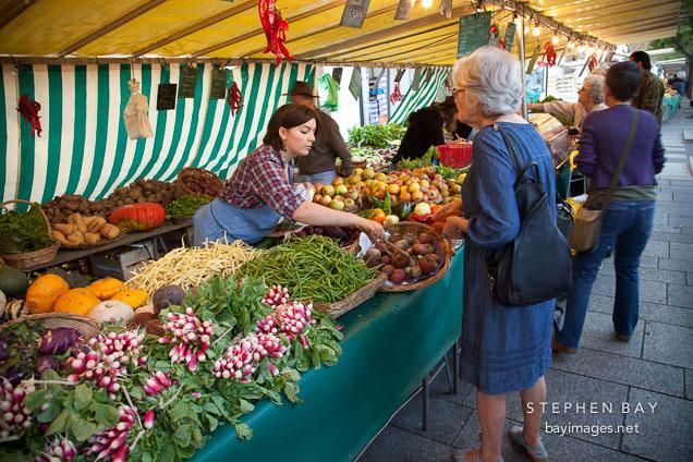 marche bastille food market