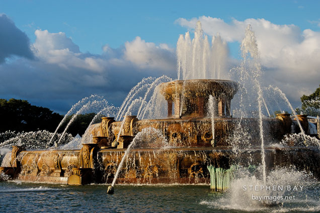 Buckingham Fountain. Chicago, Illinois, USA.