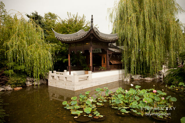 Photo Lan Su Chinese Garden Portland Oregon