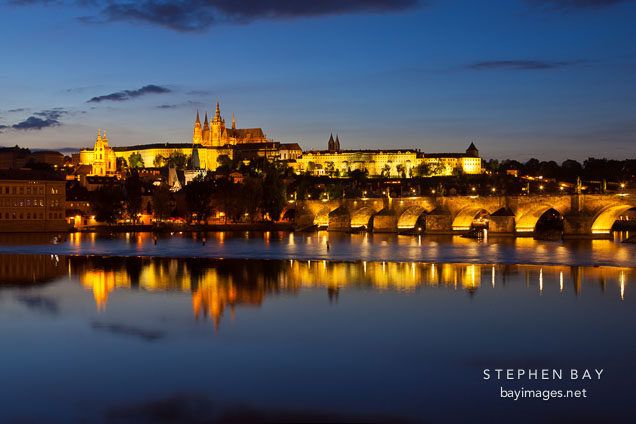 Prague castle and Vltava rivier at twilight. Prague, Czech Republic.