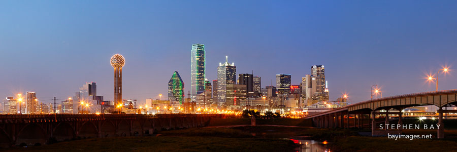 Dallas skyline panorama.