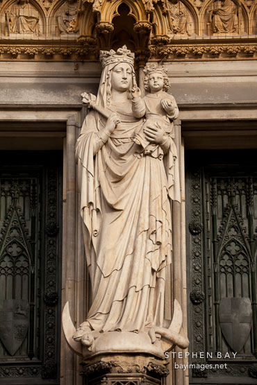 Statue of the virgin Mary. Cologne Cathedral, Germany.