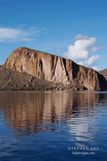 Canyon Lake, afternoon. Apache Trail, Arizona, USA.