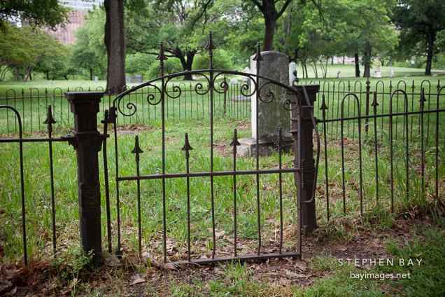 Metal gate at Dallas Pioneer Park Cemetery.