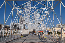 Pedestrian bridge over Shoreline drive. Long Beach, California, USA. - Photo #3410
