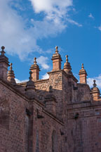 Pinnacle with finial, cathedral of Cusco. Plaza de Armas, Cusco, Peru. - Photo #9229