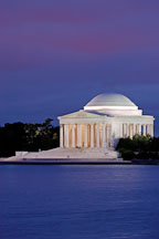 Jefferson Memorial, at night. Washington, D.C., USA. - Photo #10938