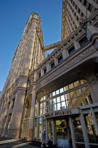 Wrigley Building. Chicago, Illinois, USA. - Photo #10472