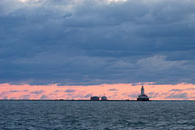 Lighthouse with a red dawn. Chicago, Illinois, USA. - Photo #10612
