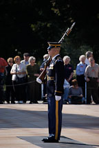 Soldier at the Tomb of the Unknowns, Arlington National Cemetery. Arlington, Virginia, USA. - Photo #11125