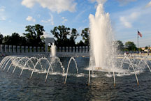 Fountain at the National World War II Memorial. Washington, D.C., USA. - Photo #12762