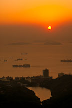 Sunset over Aberdeen. Hong Kong Island, China. - Photo #14918