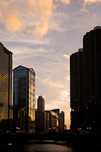Chicago river at sunset. Chicago, Illinois, USA. - Photo #10416