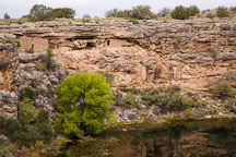 Cliff dwellings on the rim of Montezuma Well. Arizona. - Photo #17716