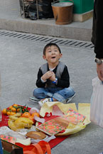 Happy boy. Wong Tai Sin Temple. - Photo #15715