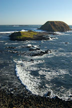Rocky shore of The Nobbies. Phillip Island, Australia. - Photo #1518