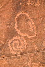 Close-up of spiral like petroglyph. V-Bar-V Ranch, Arizona, USA. - Photo #17799