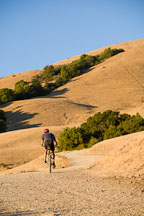 Mountain biker at Mission Peak. Fremont, California. - Photo #17140