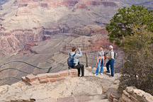 Tourists take photographs at Yavapai Pt. Grand Canyon NP, Arizona. - Photo #17229