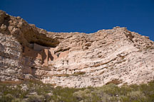 Wide view of Montezuma Castle. Arizona, USA. - Photo #17577