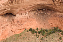 Mummy Cave Ruin, an Ancestral Puebloan dwelling. Canyon de Chelly NM, Arizona. - Photo #18368
