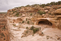 Yucca Cave Ruin is an Ancestral Puebloan cliff dwelling. Canyon de Chelly NM, Arizona. - Photo #18410