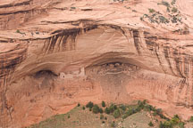 Mummy cave is located in Canyon del Muerto. Canyon de Chelly NM, Arizona. - Photo #18469