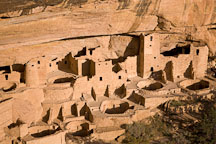 Kivas and towers, late afternoon. Cliff Palace, Mesa Verde, Colorado. - Photo #18718