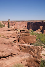Man at Tsegi Overlook. Canyon de Chelly, Arizona. - Photo #18176