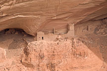 Mummy Cave Ruin, an Anasazi dwelling. Canyon de Chelly NM, Arizona. - Photo #18369