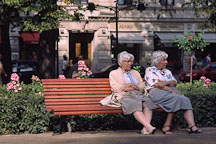 Elderly sisters. Runeberg Esplanadi. Helsinki, Finland. - Photo #386