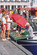 Selling potatoes from boats. Kauppatori, Helsinki, Finland. - Photo #381
