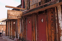 Abandoned Motel. Tortilla Flat, Arizona, USA. - Photo #5621