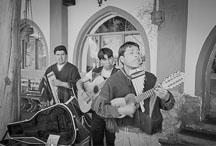 Peruvian musicians. Urubamba, Peru. - Photo #10221