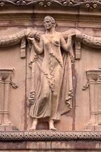 Sculpture of woman at the Palace of Fine Arts. San Francisco, California, USA. - Photo #121