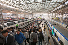 Crowd at Seoul Station. Central Seoul, South Korea. - Photo #20719