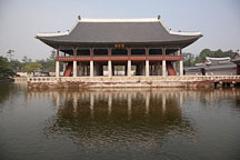 Gyeonghoeru Pavilion overlooks a large pond at Gyeongbok Palace in Seoul, South Korea. - Photo #20997