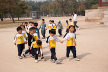 School children tour the grounds of Gyeongbok Palace in Seoul, South Korea. - Photo #20993