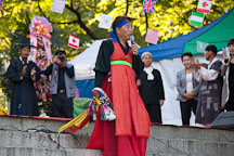 A shaman priest performs a ritual as part of Mongmyeoksancheonje. Namsan Mountain, Seoul. - Photo #20687