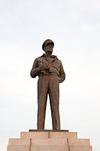 A statue of General Douglas McArthur stands in the middle of Jayu Park in Incheon, South Korea. - Photo #20156