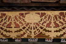 Detail of the gilding on one of the 108 chorten. Dochu La, Bhutan. - Photo #23122