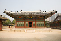 Deokhongjeon Hall. - Photo #21246