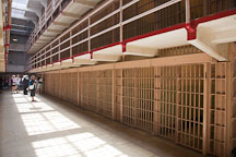 Cell block in Alcatraz prison. - Photo #22131
