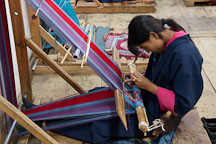 Weaving at the National Institute for Zorig Chusum. Thimphu, Bhutan. - Photo #22917